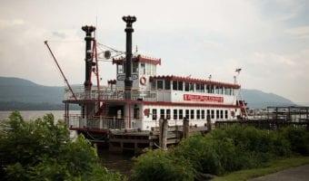 River Rose Tours & Cruises